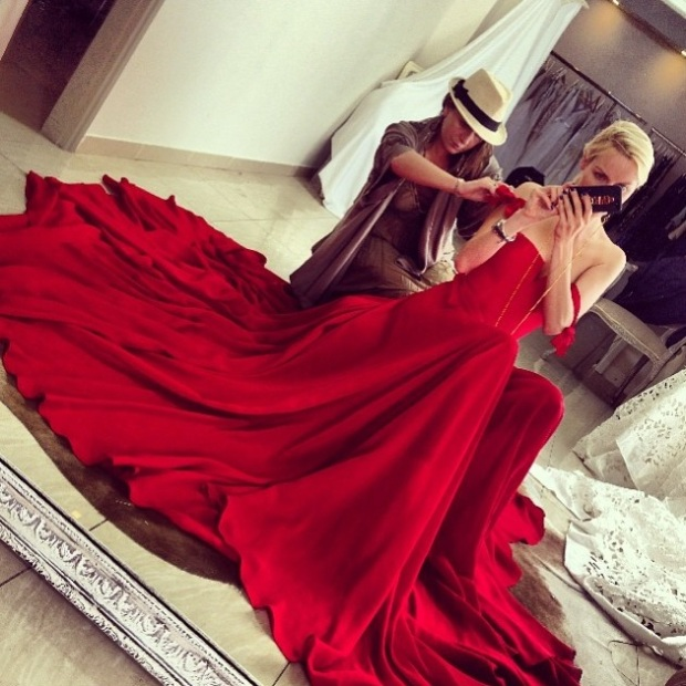 Ira Simonov red dress by anaelle haute couture אירה סימונוב אנאל לוי