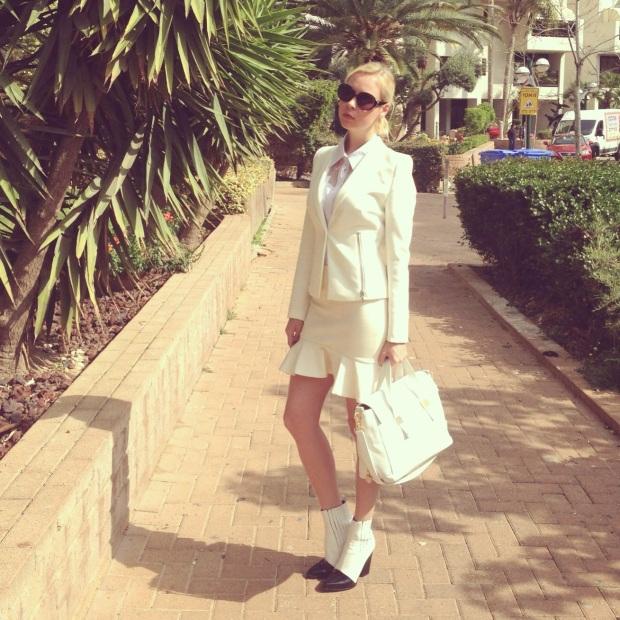חליפה לבנה שבוע האופנה גינדי 2014