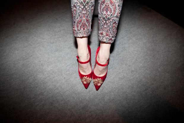 אירה סימונוב נעליים של Dolce & Gabbana