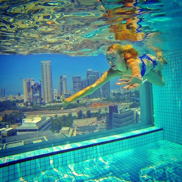 hm ultimateselfie ira simonov underwater