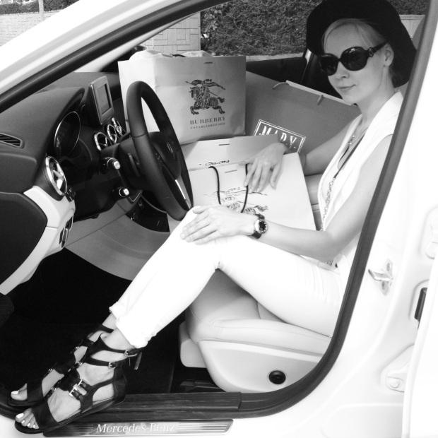 ira simonov irasimonov couturistic אירה סימונוב fashion lifestyle blog blogger burberry mercedes benz kikar hamedina rosh hashana ראש השנה gla