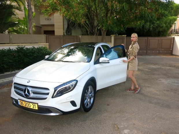 ira simonov irasimonov couturistic אירה סימונוב fashion lifestyle blog blogger burberry mercedes benz kikar hamedina rosh hashana ראש השנה the new gla