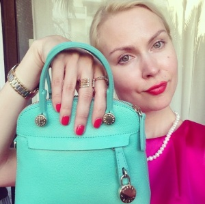 ira simonov irasimonov couturistic אירה סימונוב fashion lifestyle blog blogger yulia salon beauty dior nail polish manicure furla emboss 2