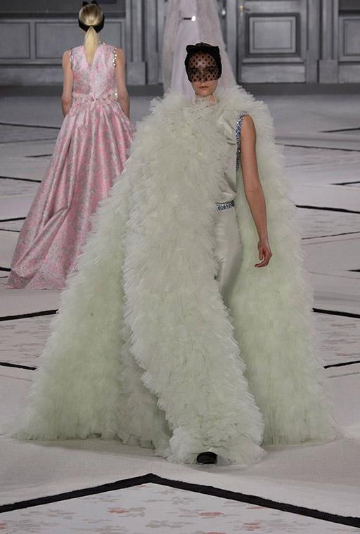 ParisFashionWeek irasimonov ira simonov couturistic fashion blog stylist web influential אירה סימונוב בלוג אופנה אירהסימונוב  2015 pfw שבוע האופנה פריז Giambattista Valli 7