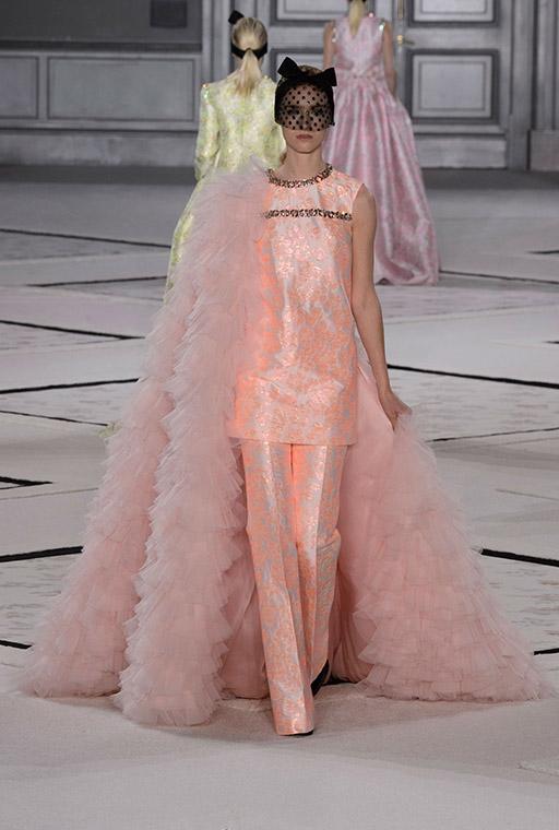 ParisFashionWeek irasimonov ira simonov couturistic fashion blog stylist web influential אירה סימונוב בלוג אופנה אירהסימונוב  2015 pfw שבוע האופנה פריז Giambattista Valli 8