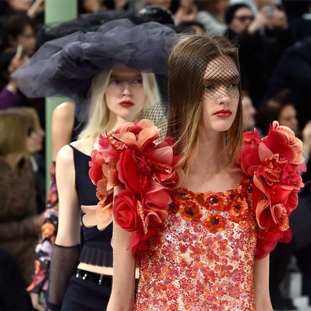 ParisFashionWeek irasimonov ira simonov couturistic fashion blog stylist web influential אירה סימונוב בלוג אופנה אירהסימונוב  2015 pfw שבוע האופנה פריז chanel שאנל