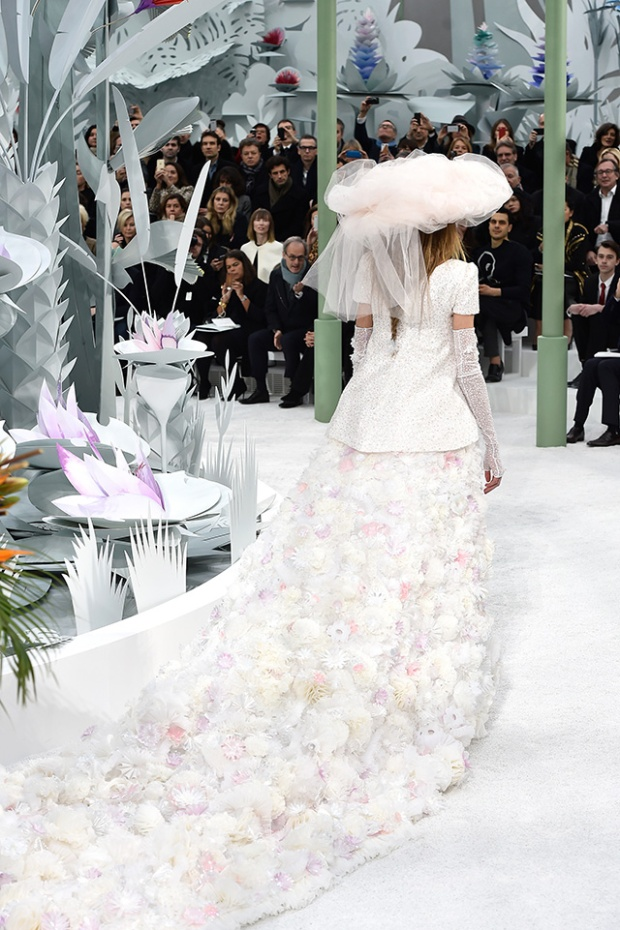 ParisFashionWeek irasimonov ira simonov couturistic fashion blog stylist web influential אירה סימונוב בלוג אופנה אירהסימונוב  2015 pfw שבוע האופנה פריז chanel שאנל 2